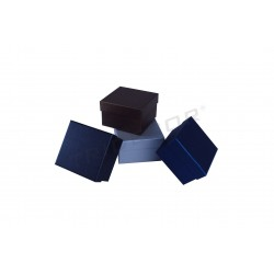 BOX PER BRACCIALI E OROLOGIO 9X8.5X5.5 CM 12UNIDADES