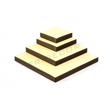 Expositor joyeria, conjunto cuadrado, 4 alturas. Vainilla / chocolate, tridecor