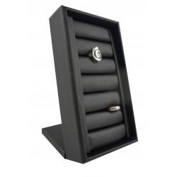 Des exposants de bijoux pour une bague, avec du noir en cuir synthétique, tridecor
