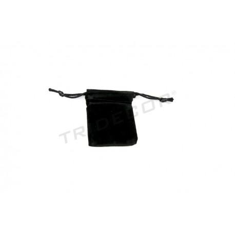 Bolsa terciopelo negro, 5x6.5 cm. 50 uds. tridecor