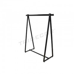 038303 Perchero negro forma triangular. Tridecor