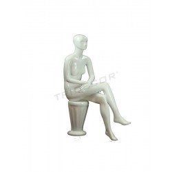 MANIQUI WOMAN SITTING WITH FACTIONS-GLOSS WHITE