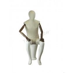 Manequim home sentado en branco brillo con tecido, brazos articulados, tridecor