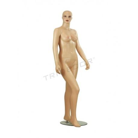 模特的女性构成的化妆没有头发、肉色雾