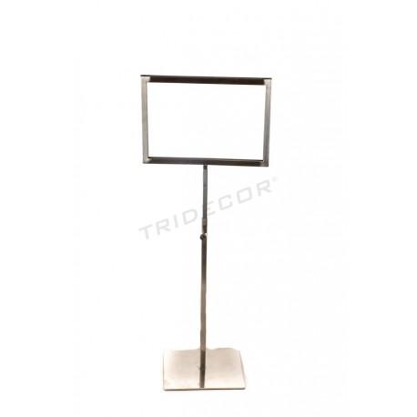 009779 Portacarteles A5 acero mate, altura regulable. Tridecor