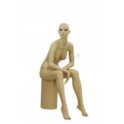 Maniqui坐在妇女色彩的肉体,tridecor