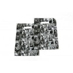 Bolsa de plástico con fotos asa troquelada blanco y negro, tamaño 45x35cm