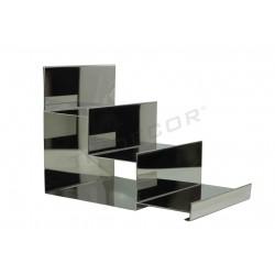 参展阶梯的铬钢3的高度