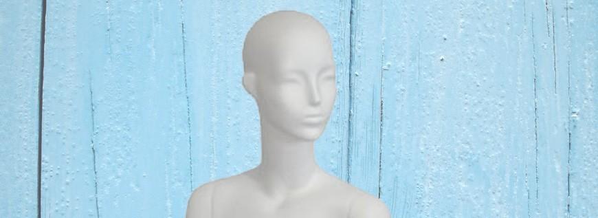 Maniquins Dones De Blanc